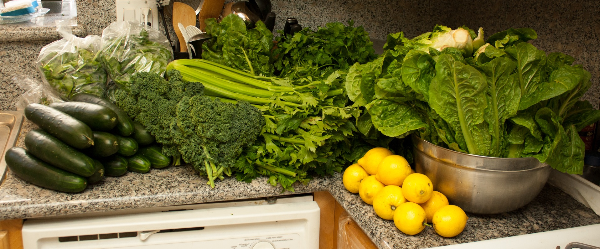 farmers market green juice veggies